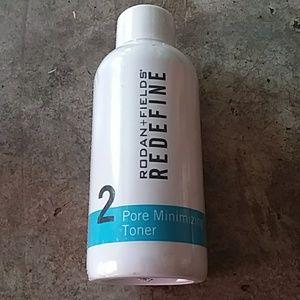 Rodan and Fields Redefine Pore Minimizing Toner